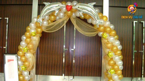 mẫu trang trí đám cưới bong bóng